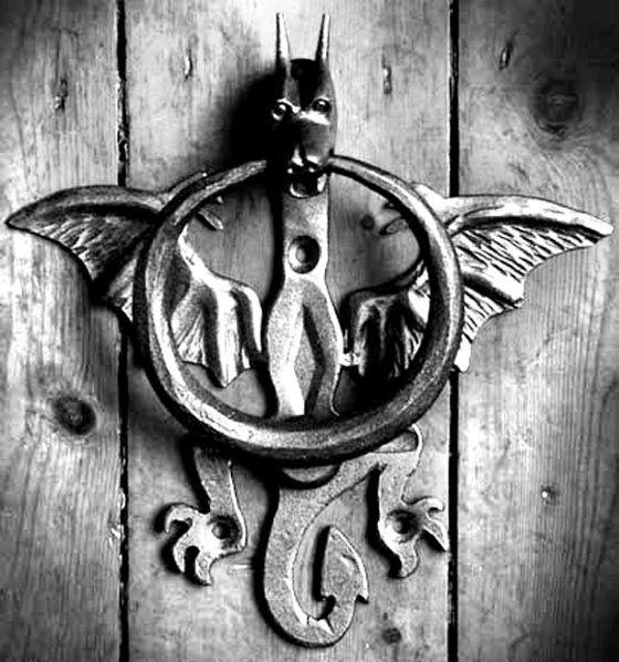 25 Cool And Unusual Door Knockers Interior Design