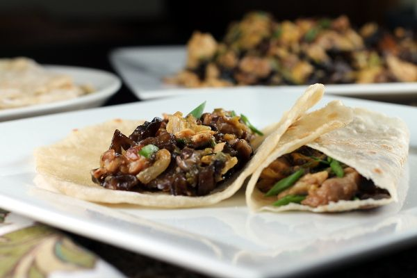 Healthy Moo-Shu Pork (and how to make a vegetarian version)