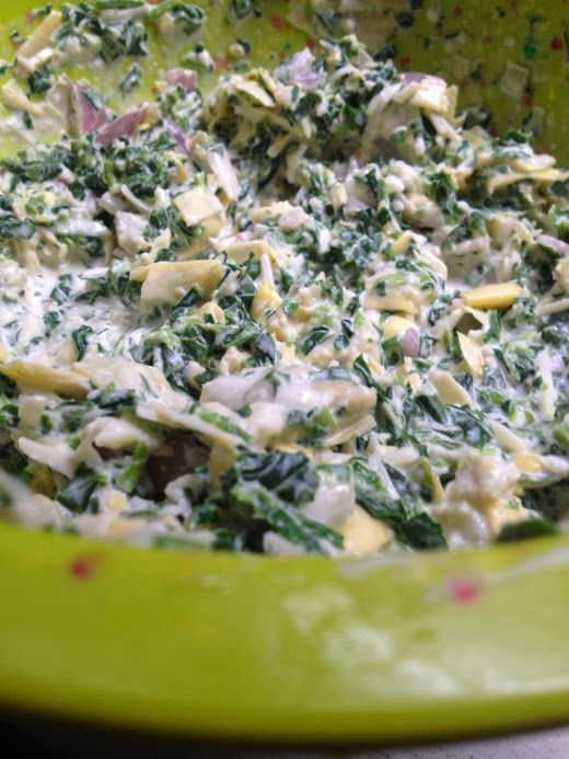 the best skinny spinach and artichoke dip recipe, ever.
