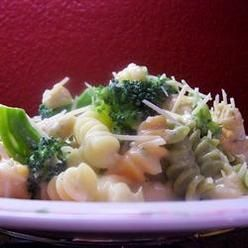 Pasta, Broccoli Chicken Fettuccini Alfredo, A Shortcut Sauce Of Cream ...