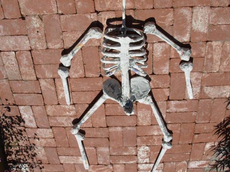 how to make skeleton with paper