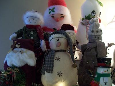 Walnut & Vine:   Christmas......Santa and Snowman collection