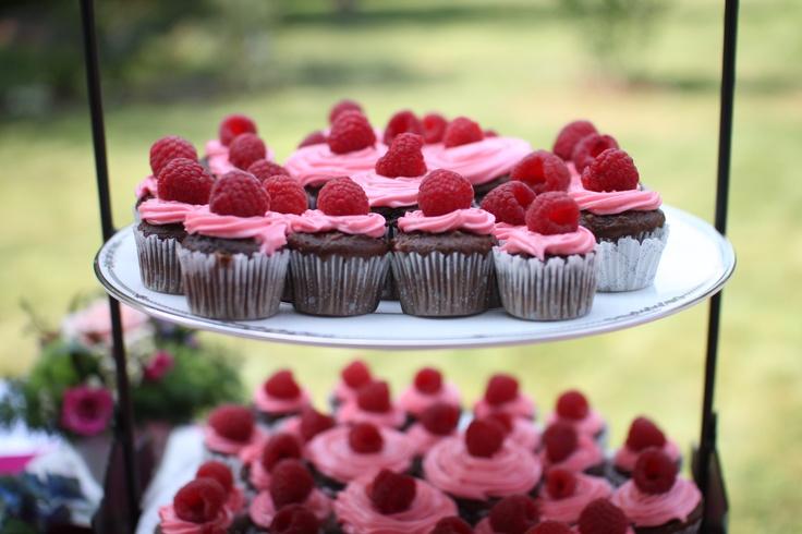 Chocolate Lambic Cupcakes With Raspberry Cream Cheese ...