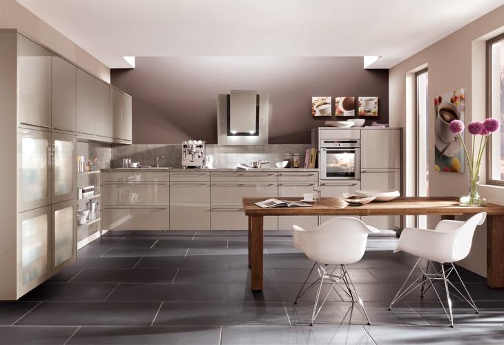 farbgestaltung küche ideen weiße schränke matt graue fliesen ... - Fliesen Küche Modern