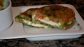Pesto Mozzarella Sandwiches | Recipes I want to Try!!! | Pinterest