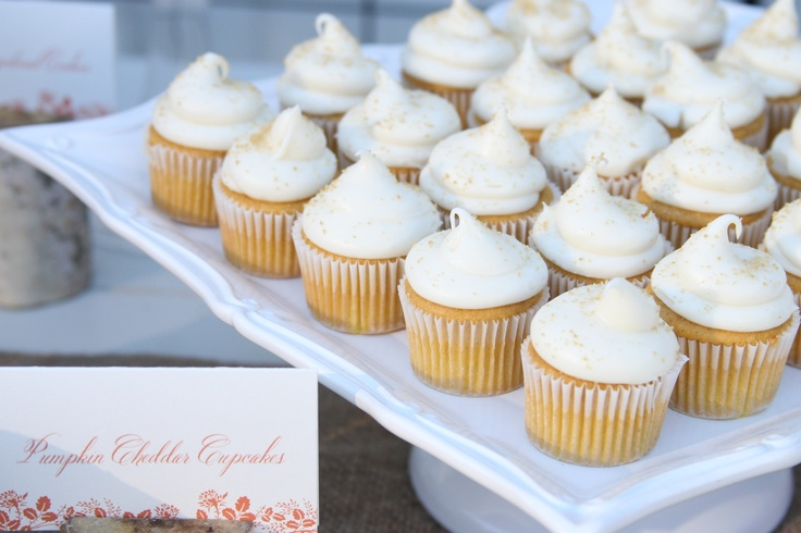 pumpkin cupcakes | Wedding (Rustic and Romantic) | Pinterest