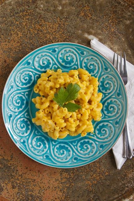 Healthy Mac and Cheese with both carrots and butternut squash!