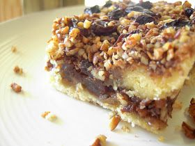 Vegan Thyme: Vegan Coffee Cake (Gooey Cinnamon, Pecan And Raisin Filling . . . Moving On)
