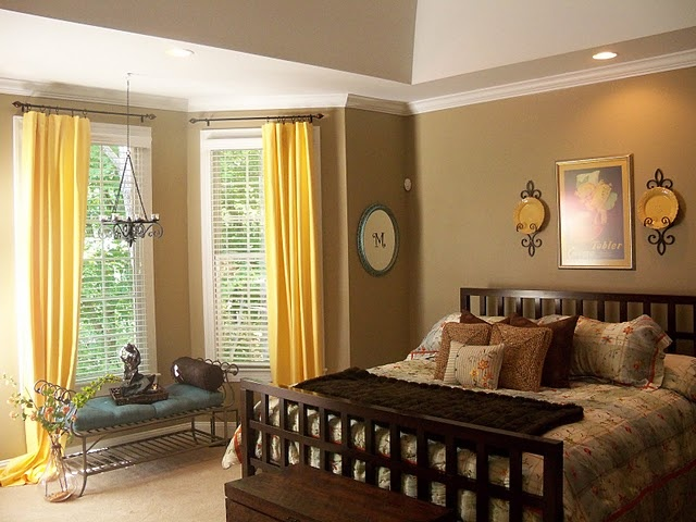 Taupe and yellow bedroom yellow and brown bedroom for Brown and yellow walls