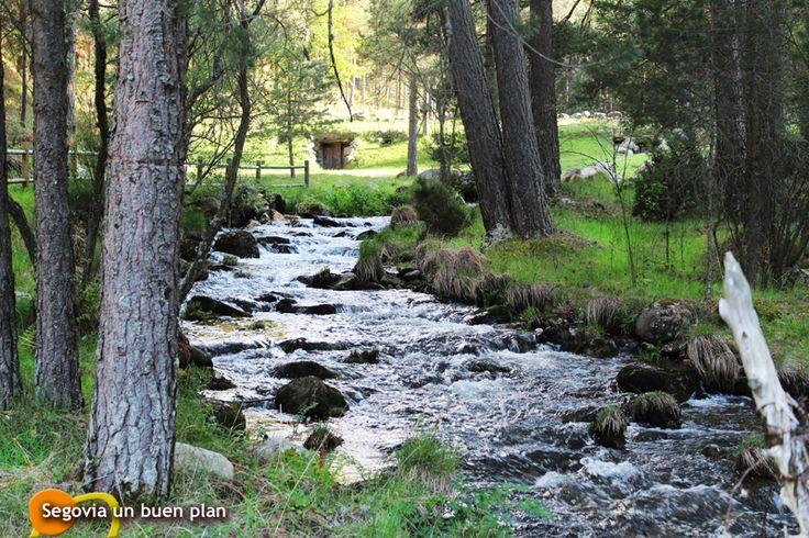 Pin by segovia un buen plan on plan 4 comarca de pedraza for Navafria piscinas naturales