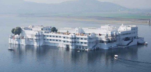 Lake Palace Hotel Udaipur James Bond