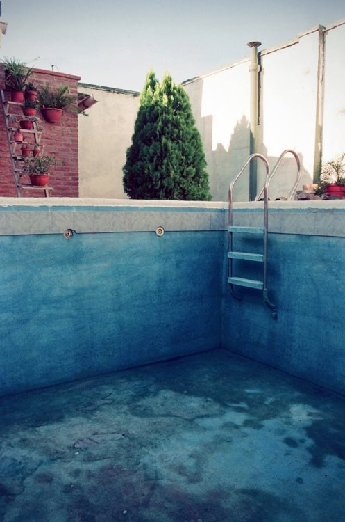 Swimming pool empty places pinterest for Empty swimming pool