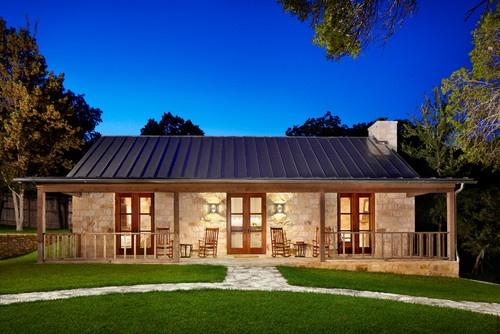 Casita De Piedra Y Techo De Metal Barn House Ideas