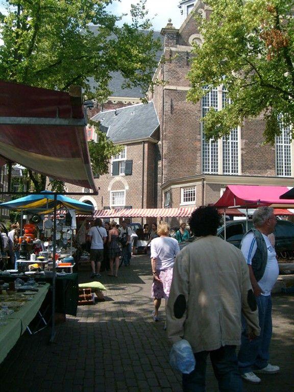 Noorder-markt  (Lapjes- markt) On Monday-morning