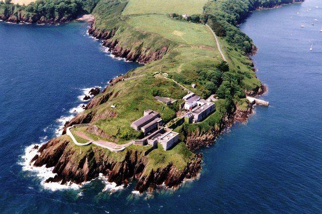 Welsh Coast: Dale Fort  https://www.facebook.com/photo.php?fbid=632384760117161&set=a.134735423215433.17340.131420090213633&type=1