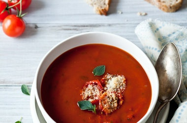 Roasted Tomato Soup Tomato Parmesan Croutons