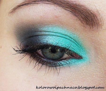 blue lagoon - #blueshadow #eyemakeup #eyes #turquoiseshadow #makeup #kolorowoipachnaco - bellashoot.com