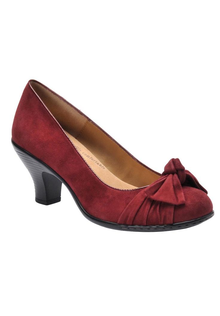 Plus Size Samantha Pumps by Softspots | Plus Size pumps & slings