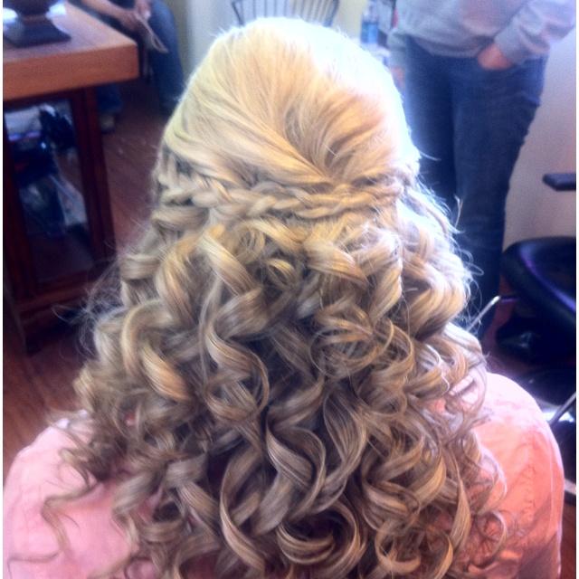 Side braid with curls...   cute hair   Pinterest