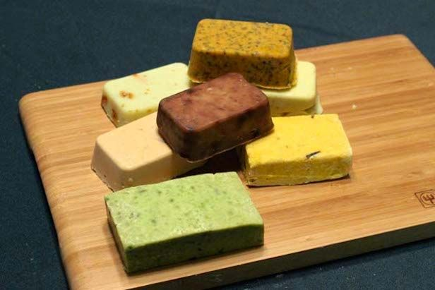 Color Up Your Homemade Soaps With Natural Dyes >> http://blog.diynetwork.com/maderemade/2014/03/26/adding-natural-color-to-homemade-soap/?soc=pinterest