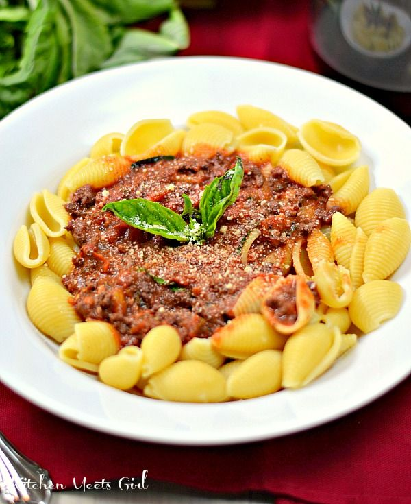 Weeknight Bolognese - this easy weeknight meal comes together in under ...
