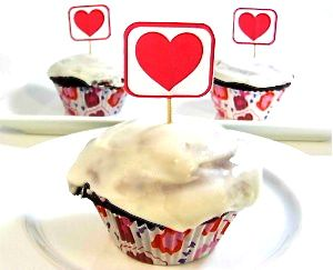 Amazing Skinny Red Velvet Cupcakes for Your Sweetheart! They taste ...