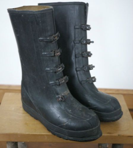 Mens Snow Boots Over Shoes | Santa Barbara Institute for