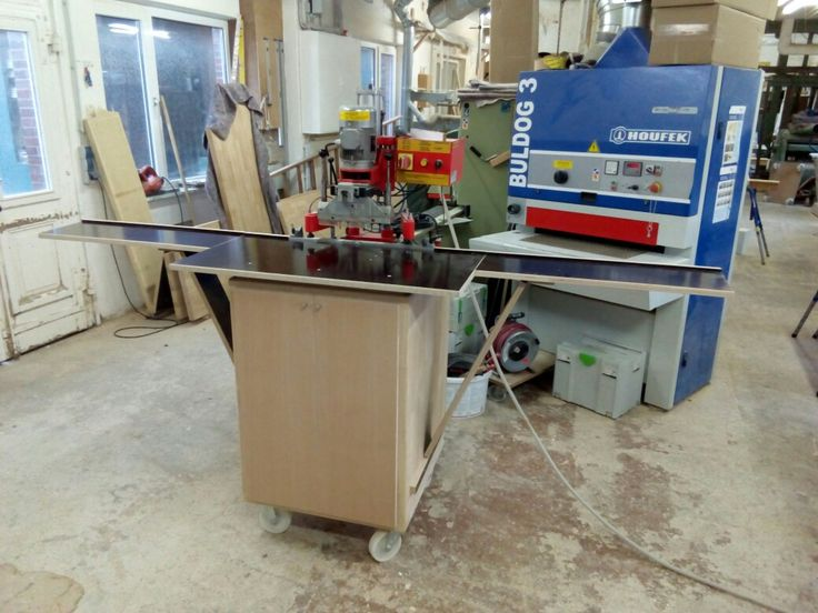 Lochreihenbohrmaschine mit selbstgebautem unterschrank auf rollen - unterschrank küche selber bauen