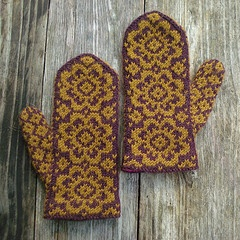 End of May Mittens | yarn crafts in my future | Pinterest