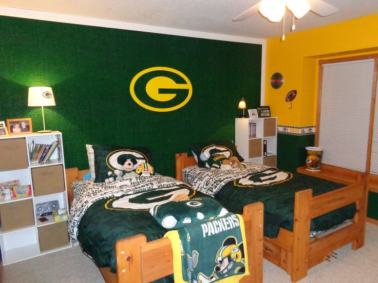 Green bay packers bedroom packers for mitch pinterest for Bedroom furniture green bay wi