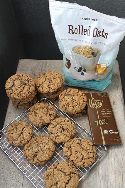 the little epicurean: Flourless Chocolate Pecan Oatmeal Cookies