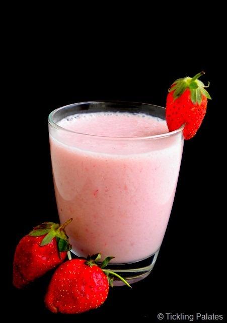 coconut strawberry banana smoothie | Recipes | Pinterest