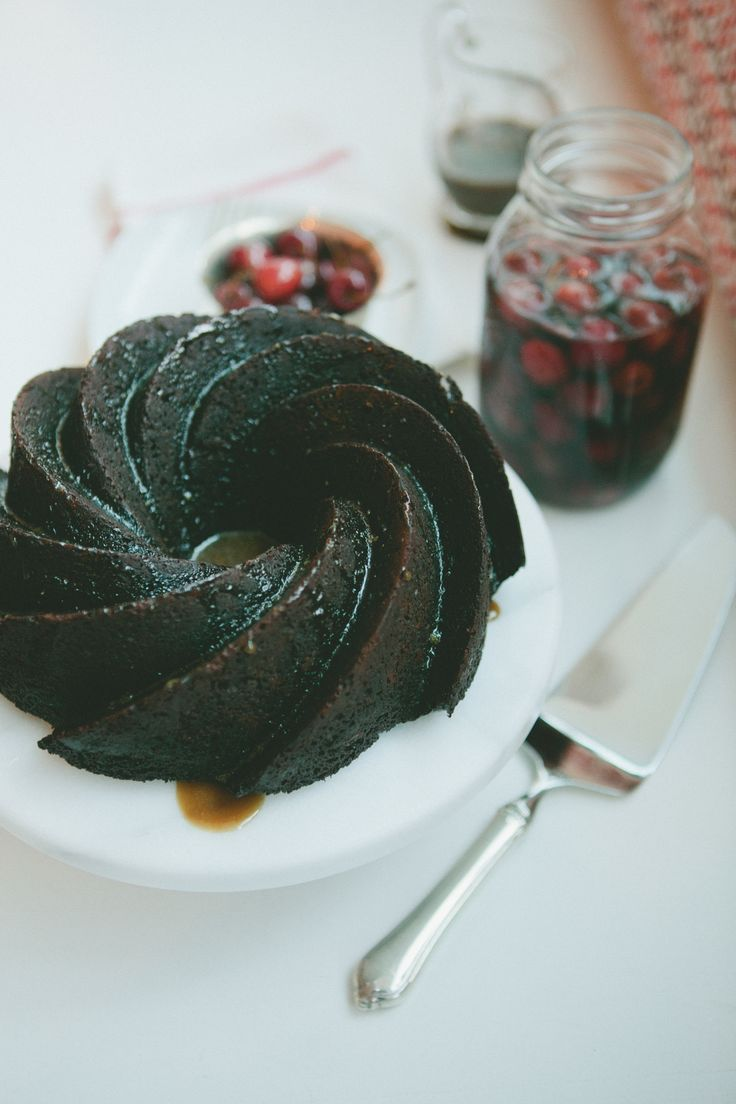 Whiskey Party eats - Chocolate Bundt cake with caramel bourbon sauce