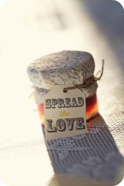 Wedding favor sayings spread the love jam favor or meant to bee