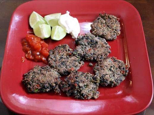 Dinner Tonight: Spicy Black Bean Cakes | Recipe