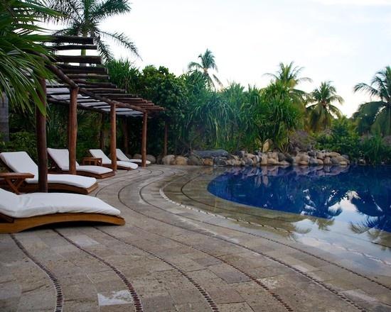 Walk In Pool Designs
