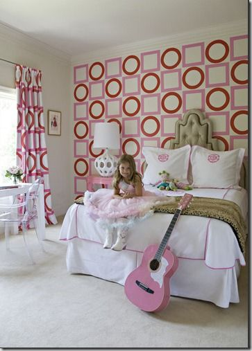 Love the Victoria Hagan wallpaper and curtains.