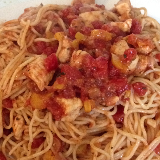 Angel Hair Pasta with Tomato Sauce and Chicken. I cooked the pasta ...