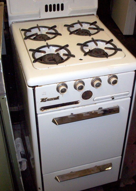 apartment size gas stove lost in the 50 39 s pinterest