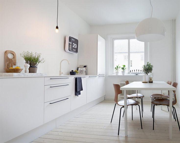 Inspirerar dig inspirerar mig vitt och lugnt volang - Cocinas sin muebles arriba ...