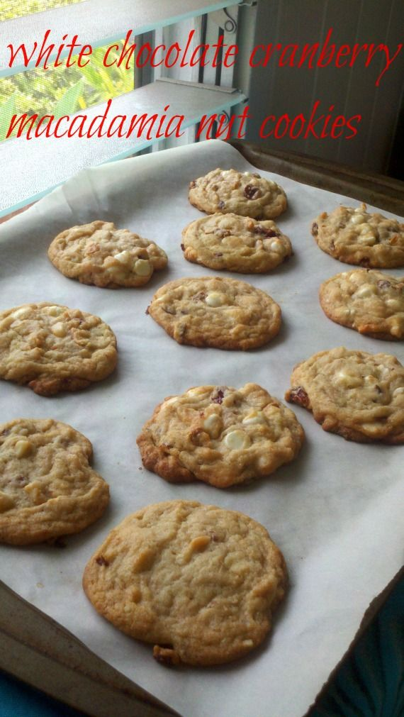 White Chocolate Cranberry Macadamia Nut Cookies #cookies #macnuts