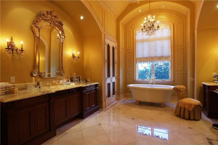 Traditional master bathroom magnificent bathrooms Zillow master bathroom designs