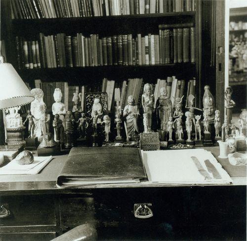 Freud's Theory of Psychoanalysis - Essay