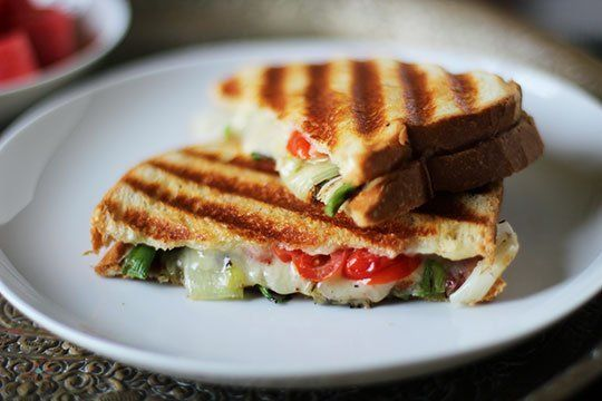 South African Cheese, Grilled Onion & Tomato Panini (Braaibroodjie ...