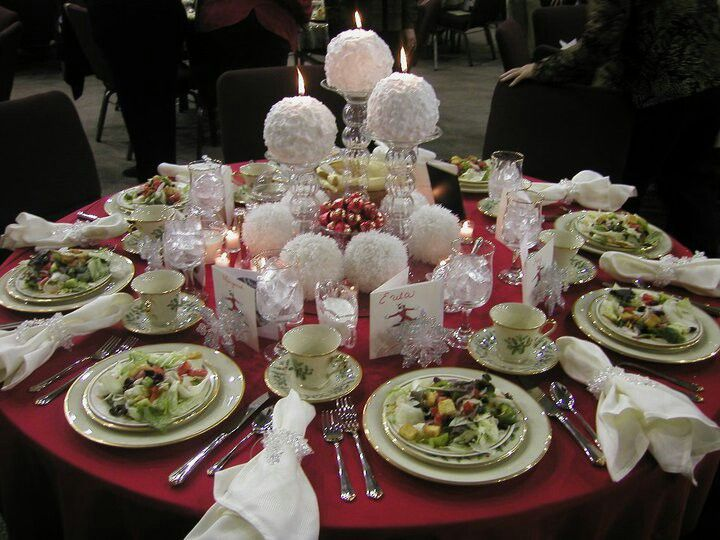 White Christmas Themed Tablescape Creative Tablescapes