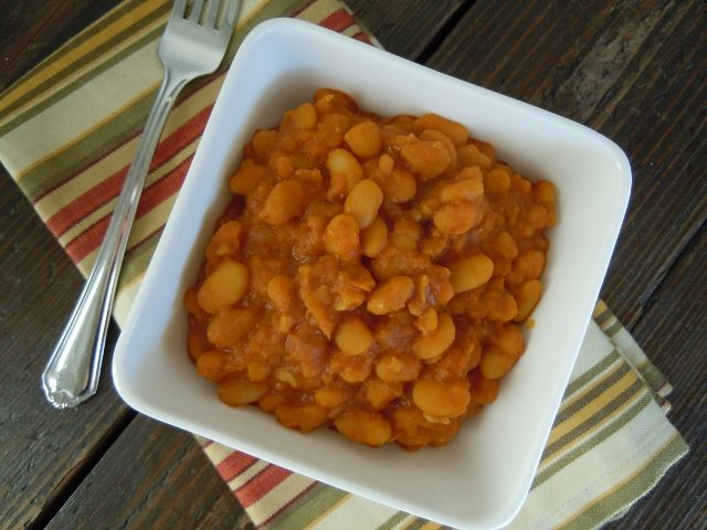 Slow Cooker Vegetarian Chipotle Baked Beans Recipe — Dishmaps