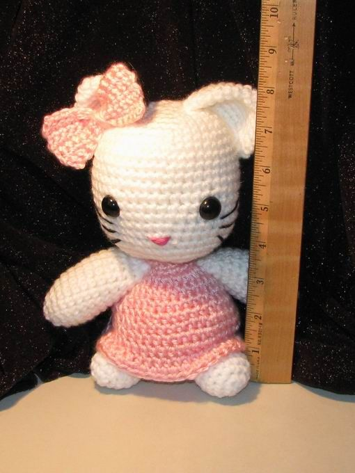 Crochet Pattern Minnie Mouse Doll : Free hello kitty crochet pattern Crochet Pinterest