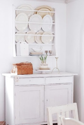 dining room plate rack