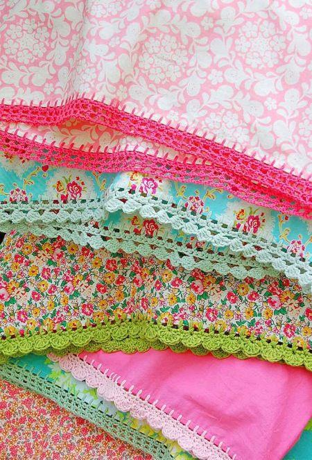 Crochet Fabric : fabric with crochet borders ? Hooker Pinterest