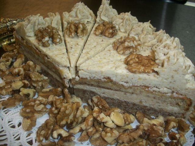 Diós torta - Hungarian Walnut Torte cake | For our sweet taste buds ...